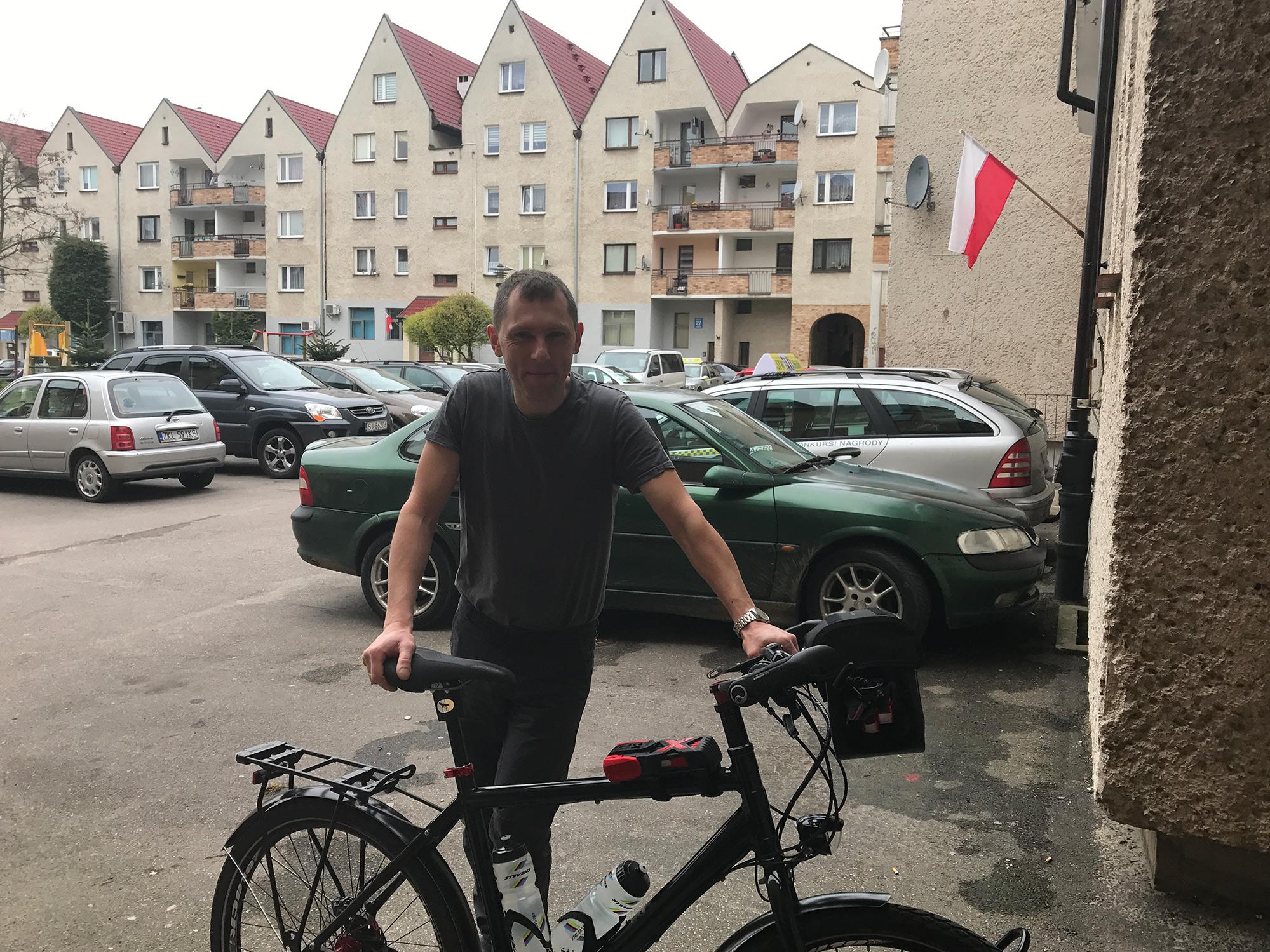 Maciej testing my travel bike